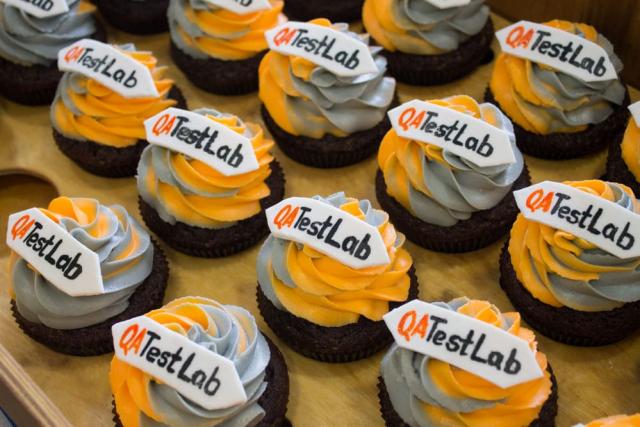 Cupcakes in QATestLab colors